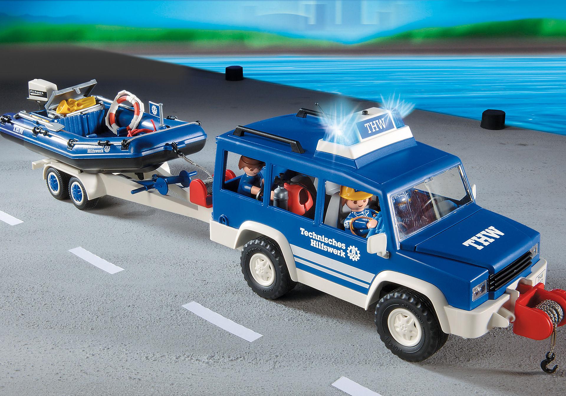 4087 Secouristes avec voiture et bateau zoom image6