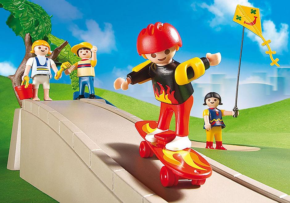 http://media.playmobil.com/i/playmobil/4132_product_extra1/Jardin pour enfants Superset