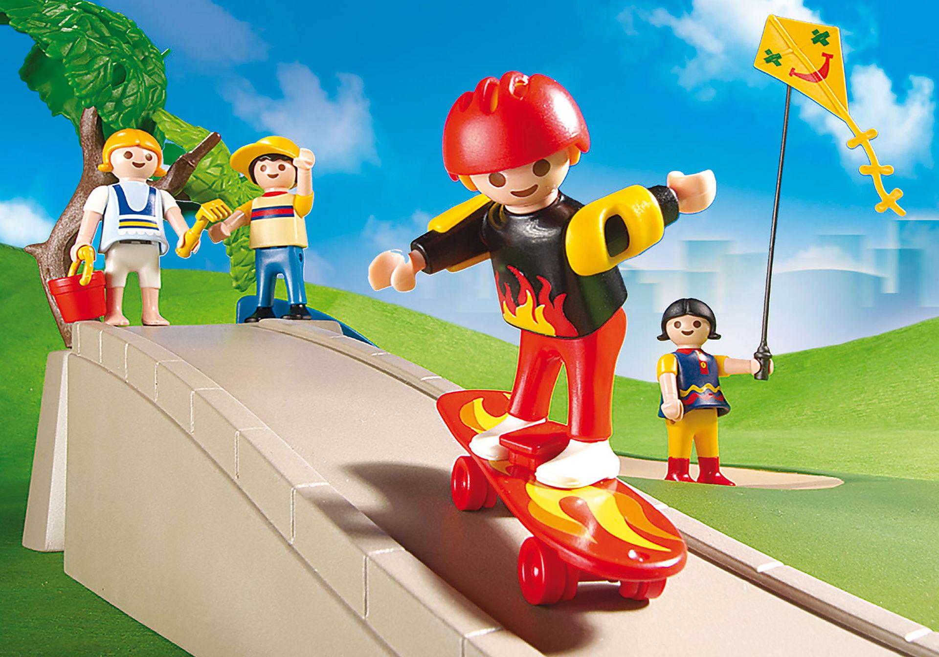 http://media.playmobil.com/i/playmobil/4132_product_extra1/Superset enfant / aire de jeux