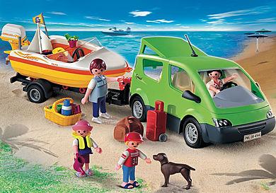 4144_product_detail/Furgoncino familiare con rimorchio e barca