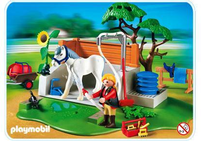 http://media.playmobil.com/i/playmobil/4193-A_product_detail/Pferde-Waschplatz