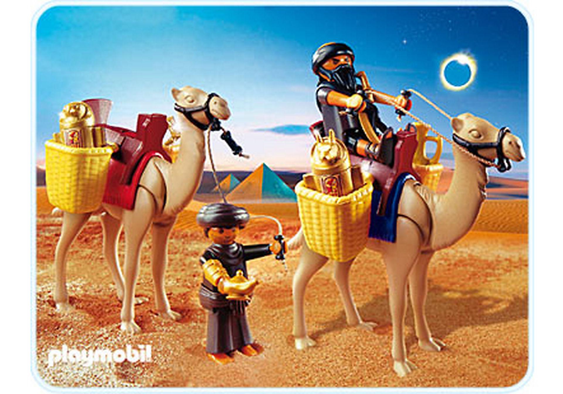 4247-A Grabräuber mit Kamelen zoom image1