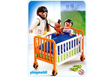 4406-A Kind im Krankenbett