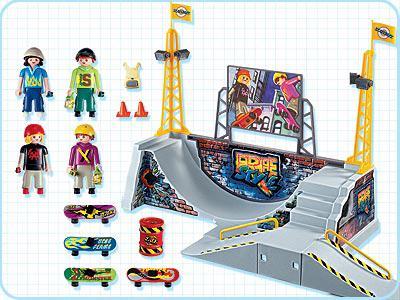 http://media.playmobil.com/i/playmobil/4414-A_product_box_back/Skaterpark mit Halfpipe