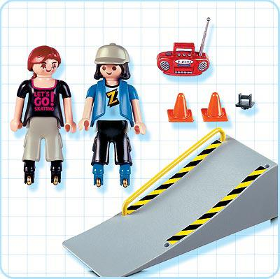 http://media.playmobil.com/i/playmobil/4415-A_product_box_back/2 jeunes en rollers / tremplin