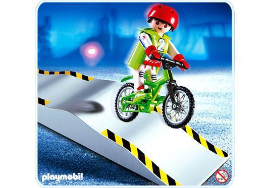 http://media.playmobil.com/i/playmobil/4417-A_product_detail/Mountainbiker mit Wellenrampe