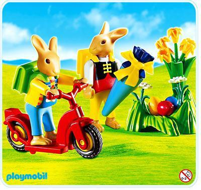 http://media.playmobil.com/i/playmobil/4458-A_product_detail/Lapins / patinette
