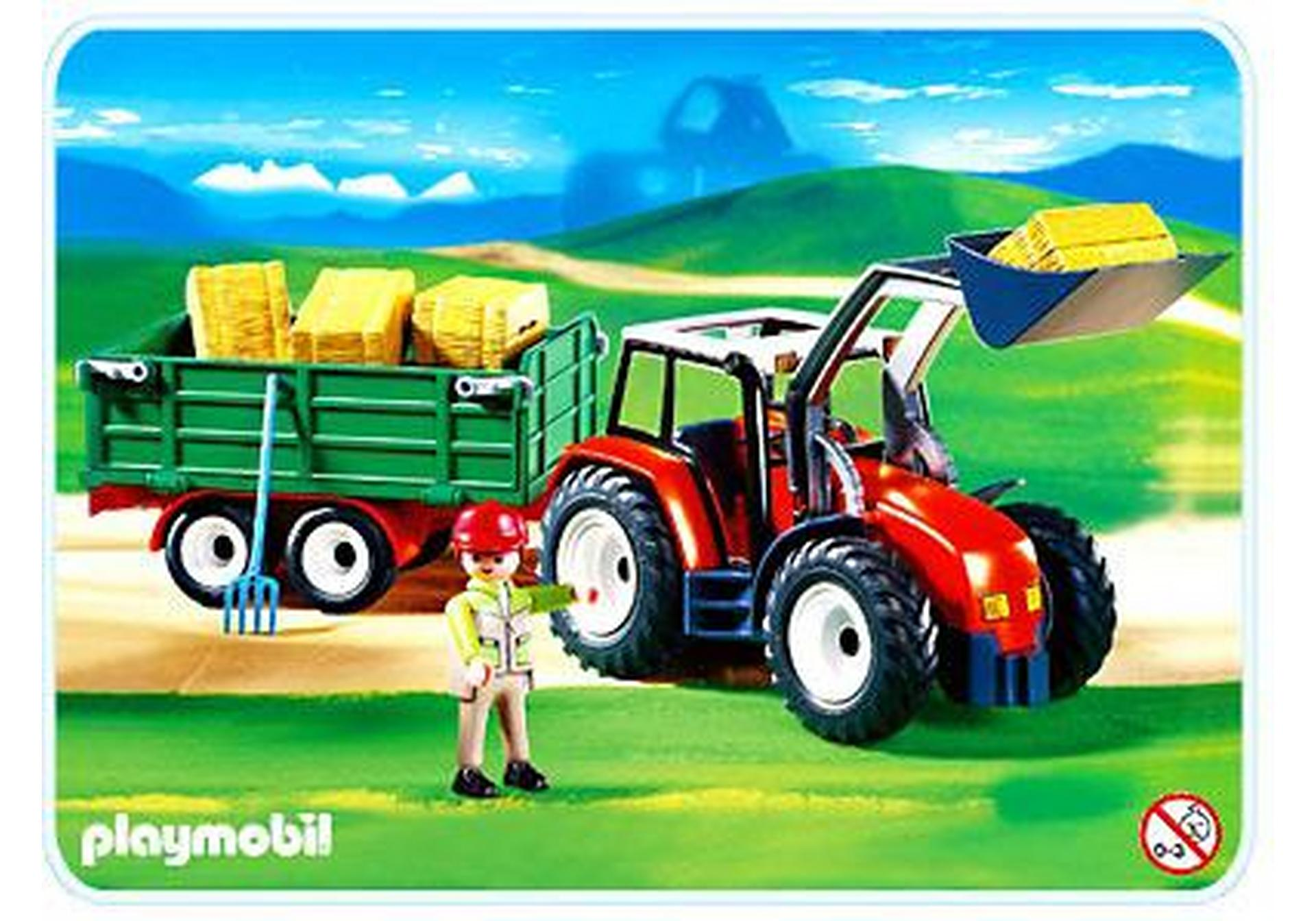 grand tracteur avec remorque
