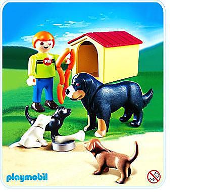 4498-A Enfant / famille de chiens detail image 1