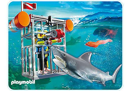 4500-A Plongeur avec requin detail image 1