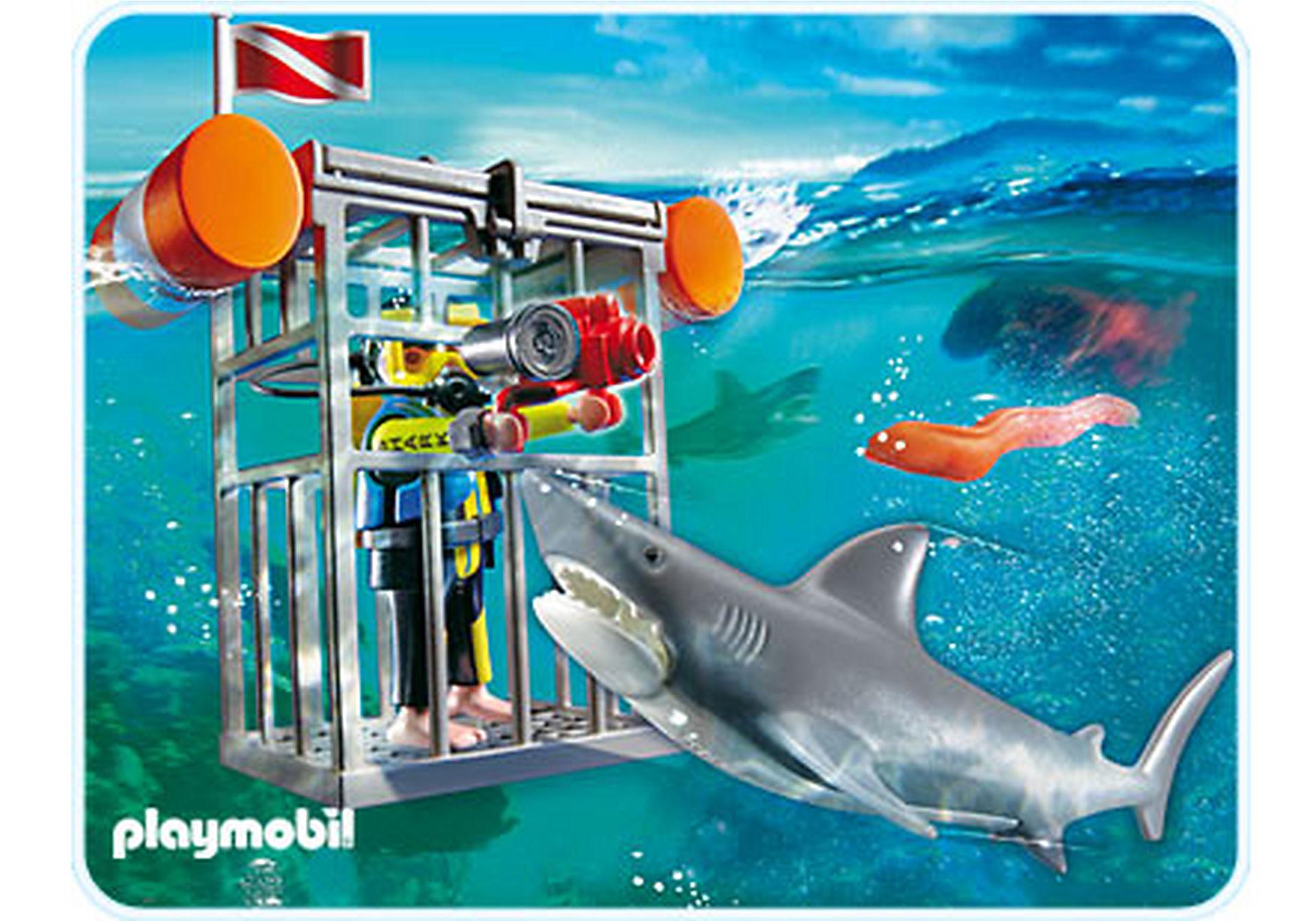 4500-A Plongeur avec requin zoom image1