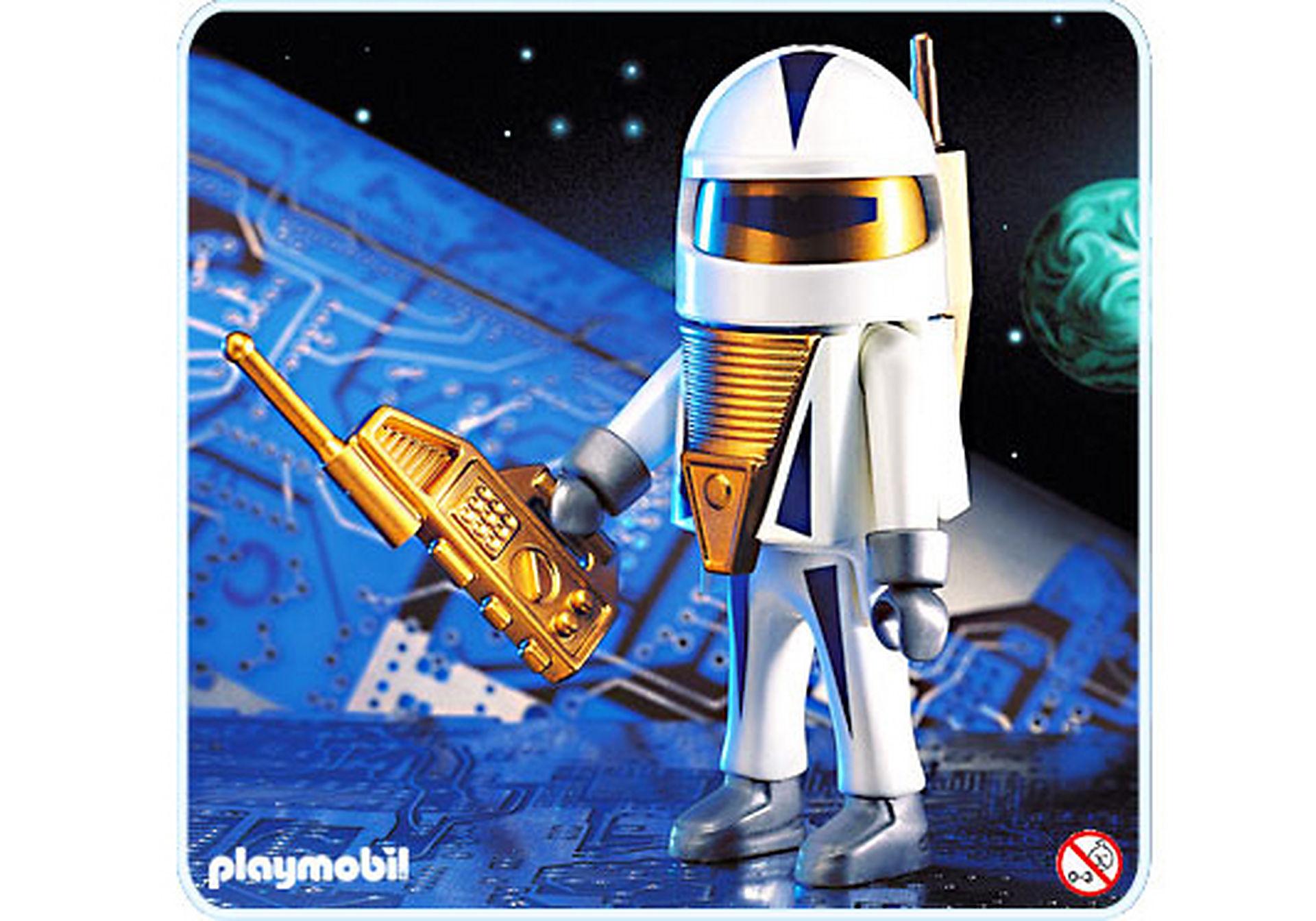 4553-A Astronaute zoom image1