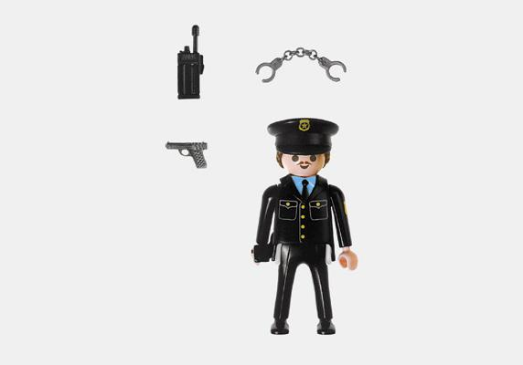 http://media.playmobil.com/i/playmobil/4580-A_product_box_back/Policier