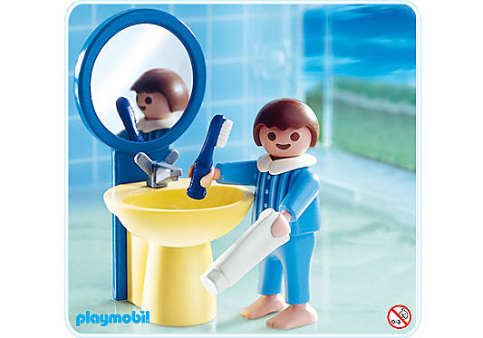 4661-A Junge am Waschbecken detail image 1