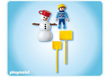 4680-A Junge mit Schneemann detail image 2
