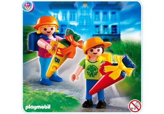 http://media.playmobil.com/i/playmobil/4686-A_product_detail/Ecoliers avec pochettes surprises