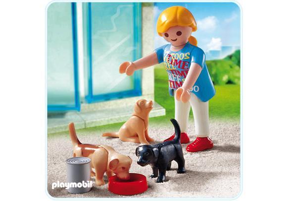 http://media.playmobil.com/i/playmobil/4687-A_product_detail/Frau mit Welpen