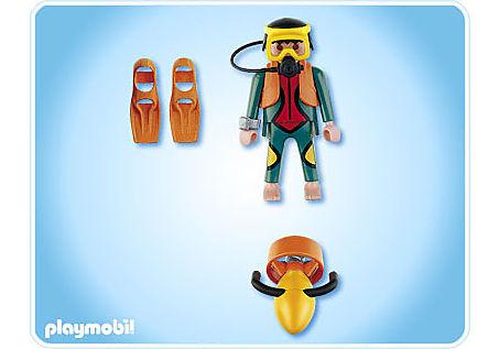 4688-A Plongeur avec propulseur nautique detail image 2