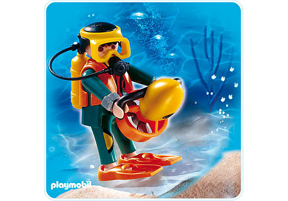 4688-A Plongeur avec propulseur nautique detail image 1