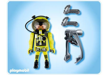 http://media.playmobil.com/i/playmobil/4747-A_product_box_back