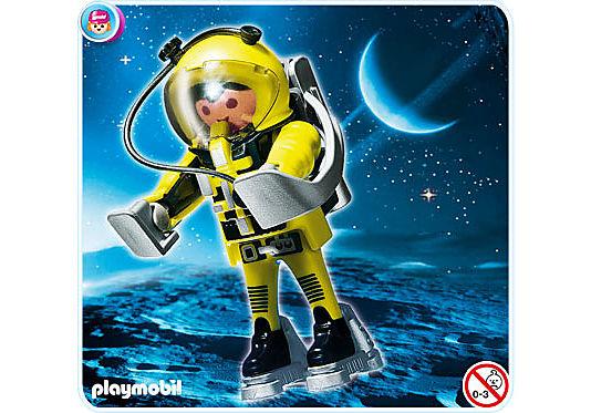 4747-A Astronaut detail image 1