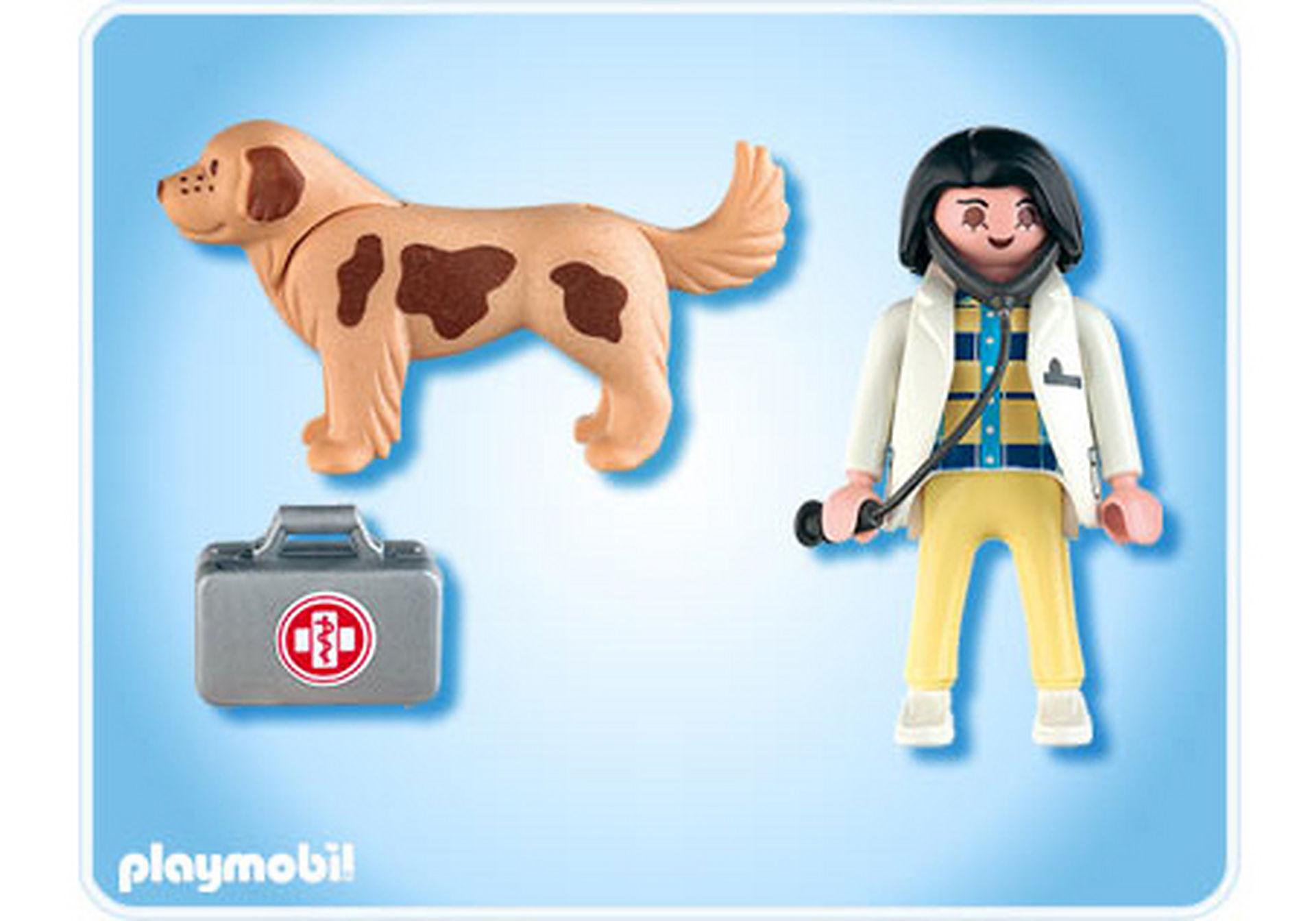 4750-A Tierärztin mit Hund zoom image2