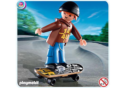 http://media.playmobil.com/i/playmobil/4754-A_product_detail/Skateboarder