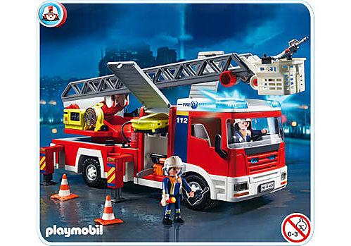 4820-A Camion de pompiers grande échelle detail image 1