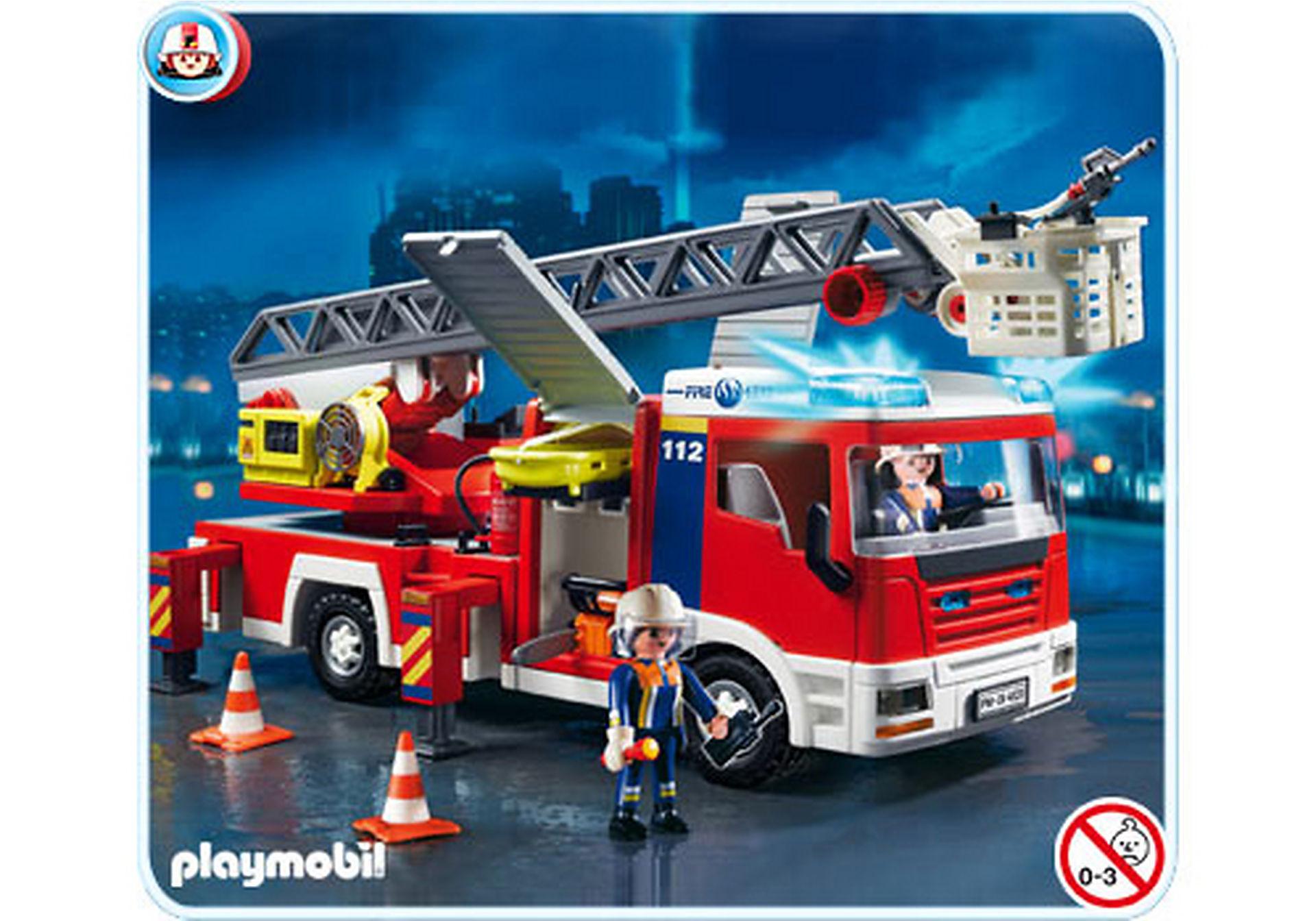 4820-A Camion de pompiers grande échelle zoom image1