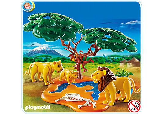 4830-A Famille de lions avec singes detail image 1