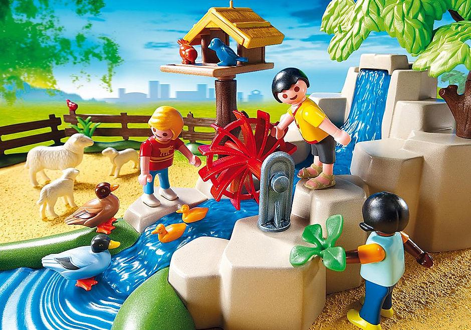 4851 Parc animalier avec famille detail image 6