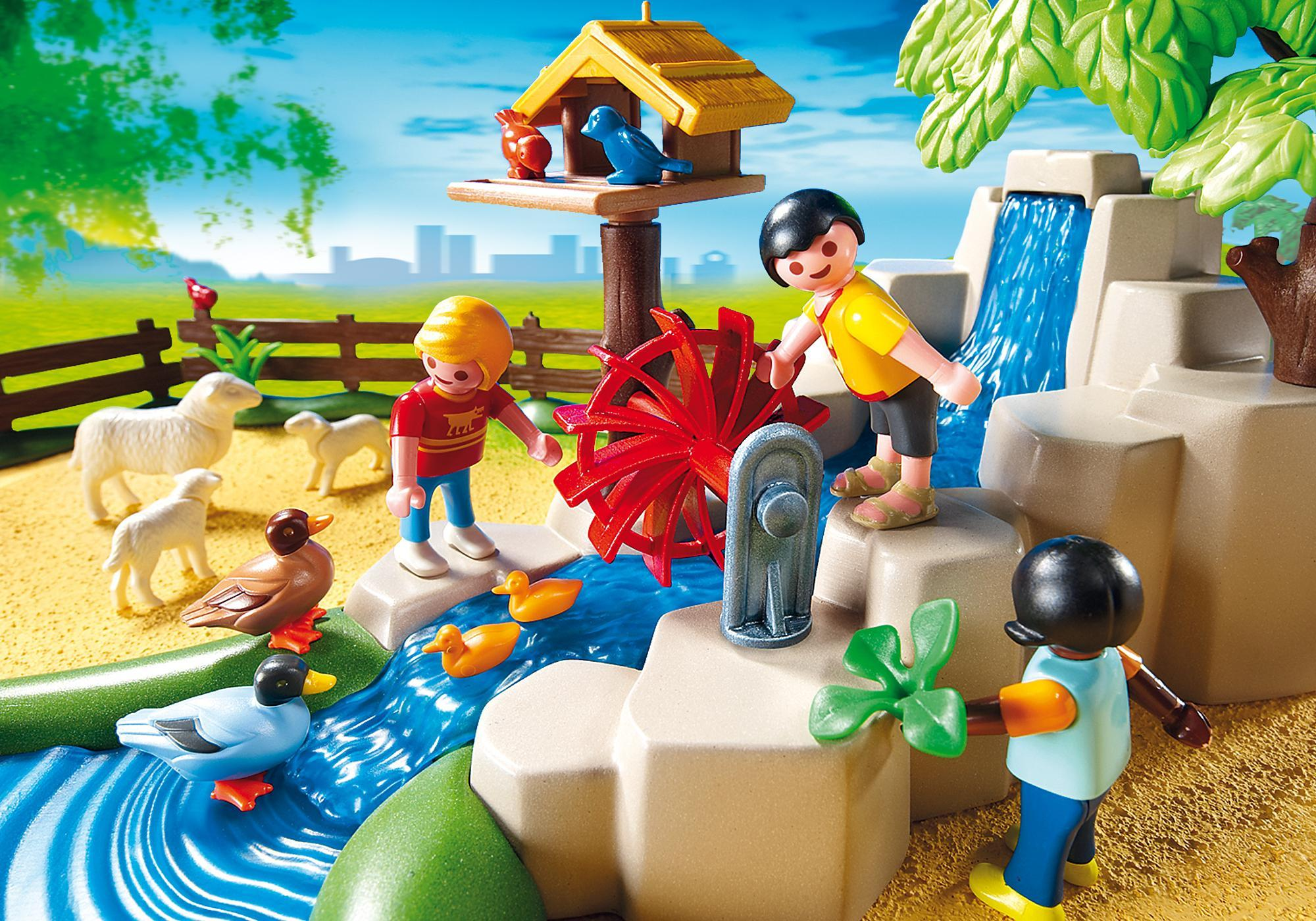 http://media.playmobil.com/i/playmobil/4851_product_extra2