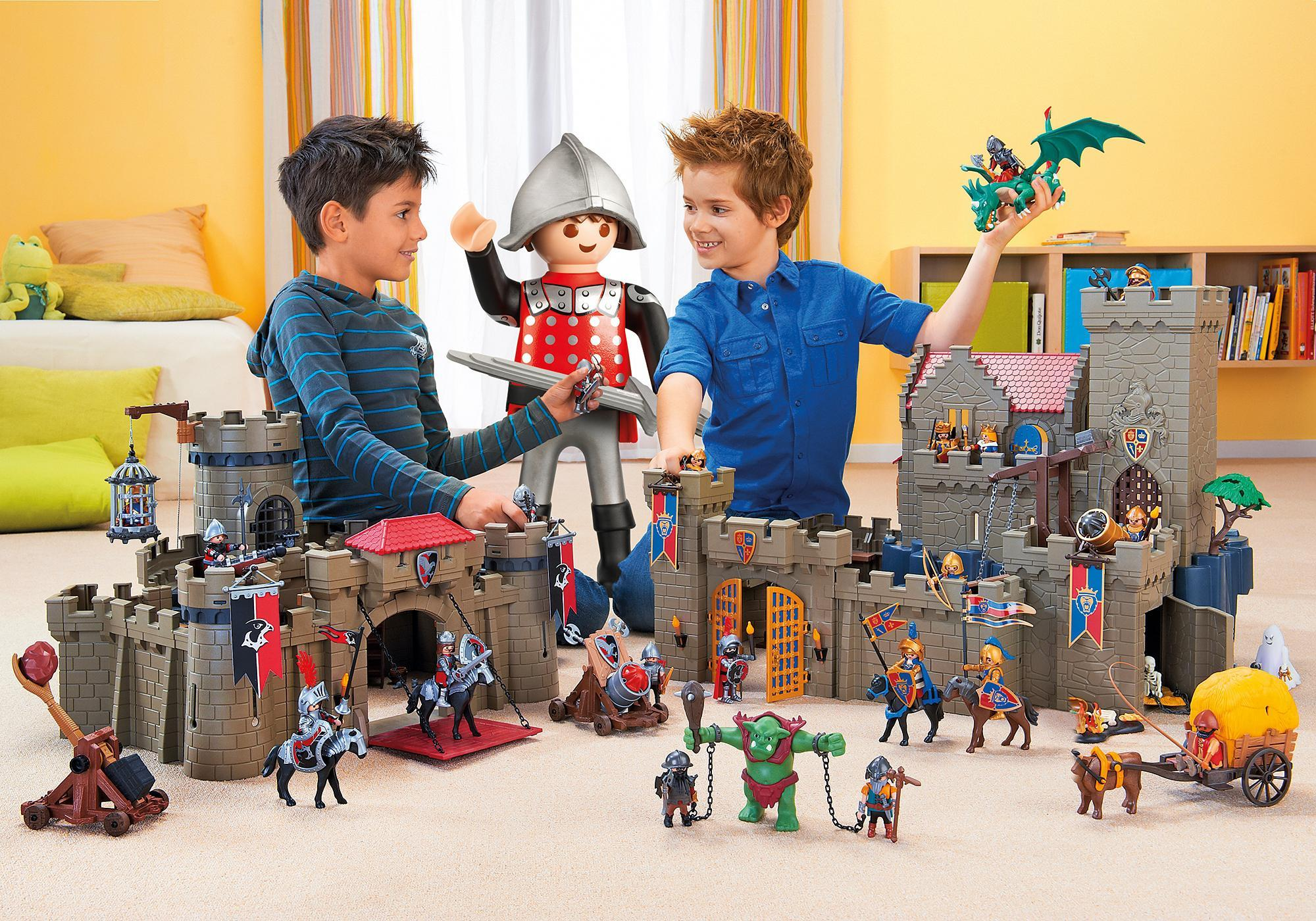 http://media.playmobil.com/i/playmobil/4895_product_extra1