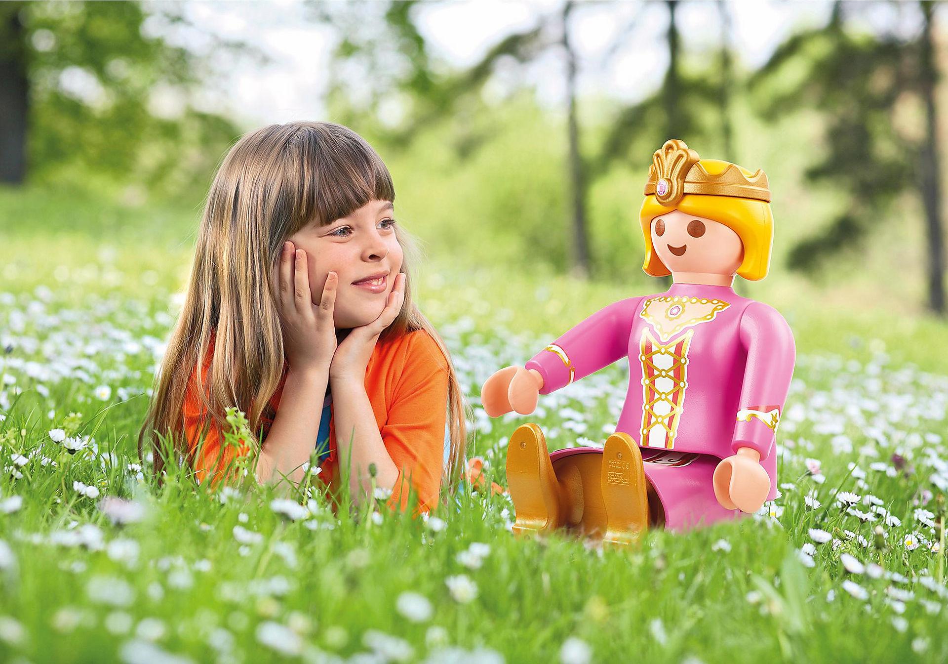 http://media.playmobil.com/i/playmobil/4896_product_extra1/XXL-Prinzessin