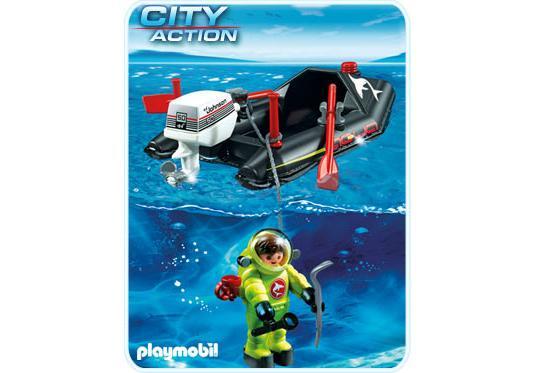 http://media.playmobil.com/i/playmobil/4910-A_product_detail/Kleinboot mit Tiefseetaucher