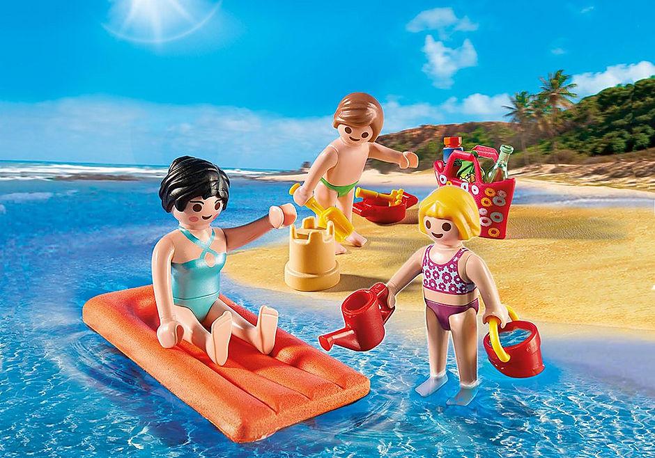 4941 Maman et enfants à la plage  detail image 1