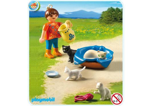 http://media.playmobil.com/i/playmobil/5126-A_product_detail/Mädchen mit Katzenfamilie