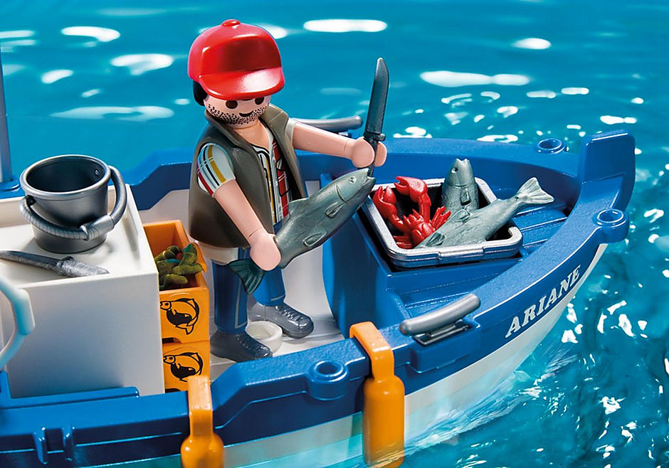 5131 Fisherman with Boat detail image 4