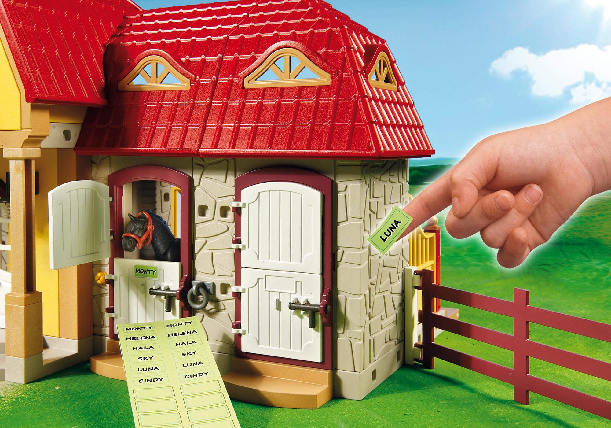 http://media.playmobil.com/i/playmobil/5221_product_extra3