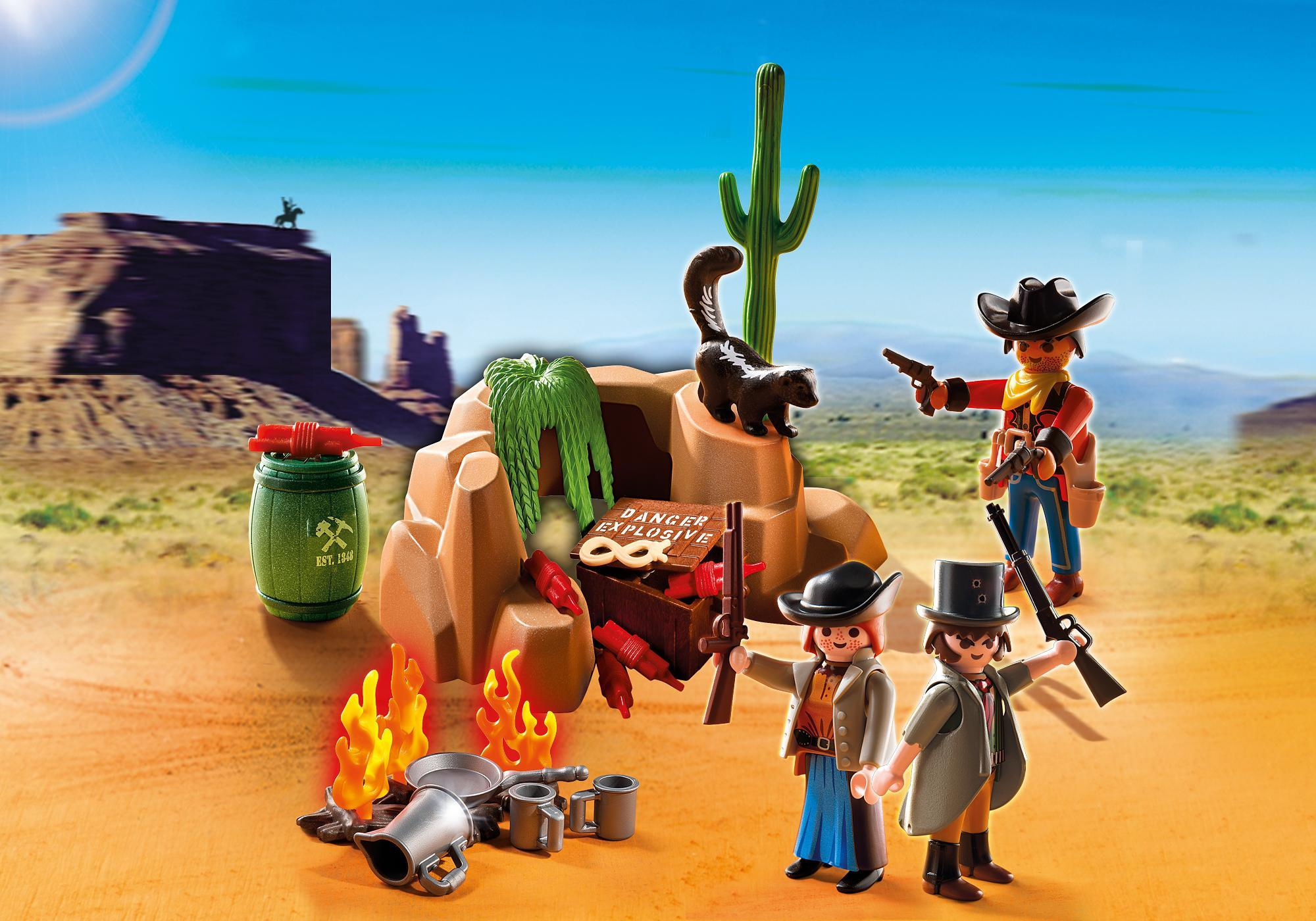 http://media.playmobil.com/i/playmobil/5250_product_extra1