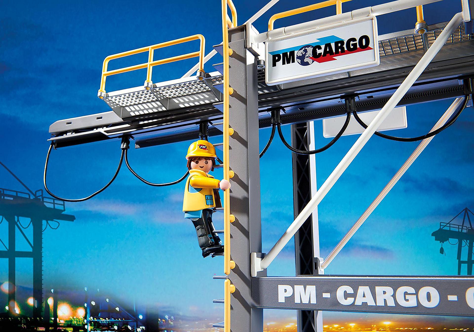 http://media.playmobil.com/i/playmobil/5254_product_extra2/Portique électrique à conteneurs