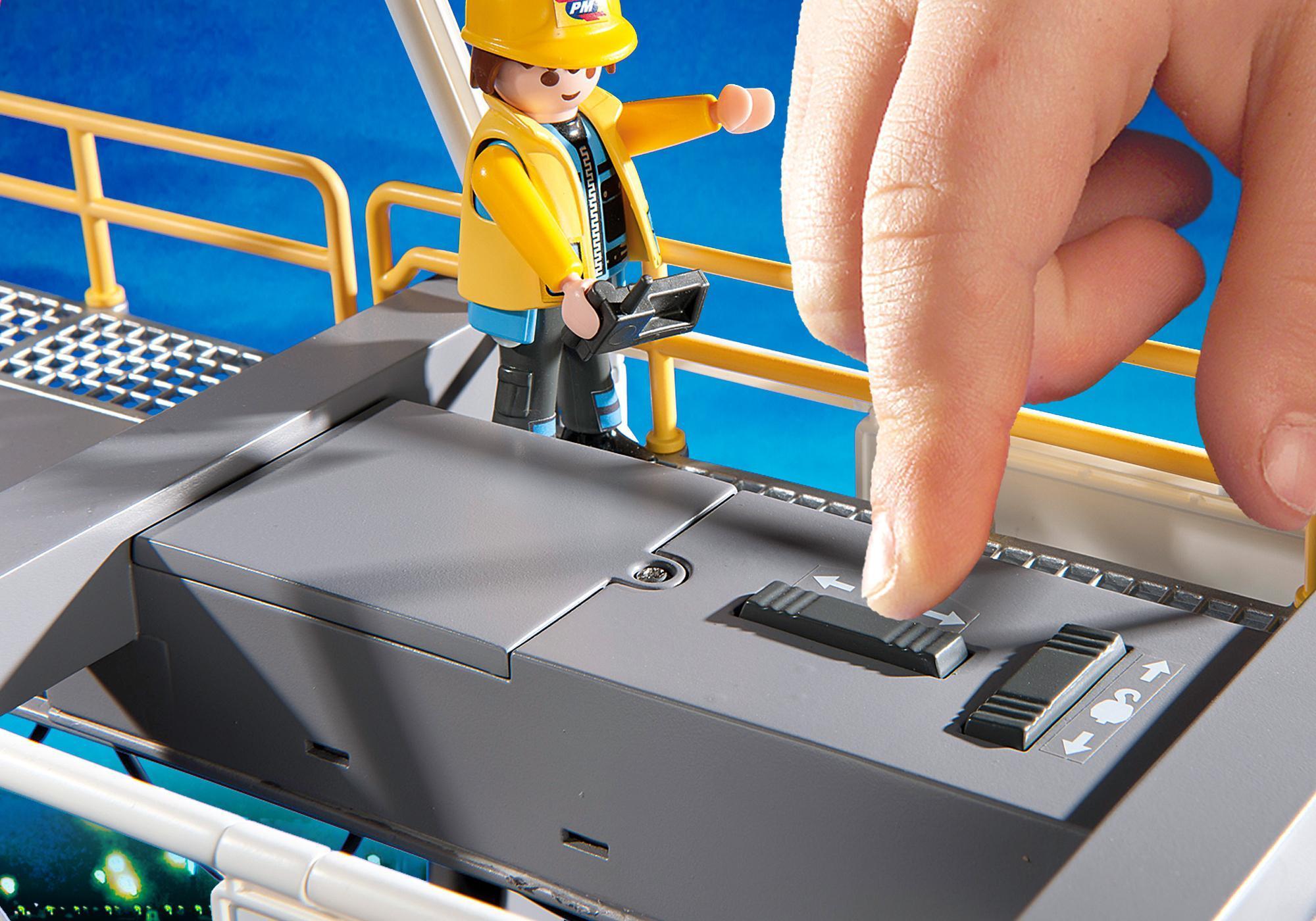 http://media.playmobil.com/i/playmobil/5254_product_extra5/Elektrisk lastningsterminal