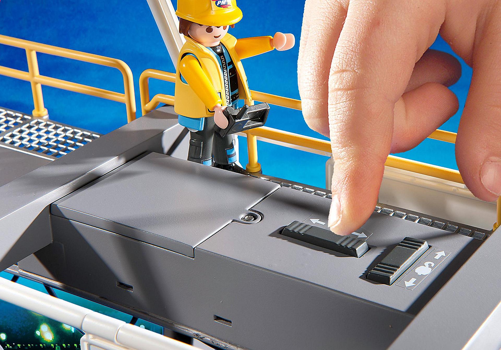 http://media.playmobil.com/i/playmobil/5254_product_extra5/Portique électrique à conteneurs