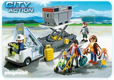 http://media.playmobil.com/i/playmobil/5262-A_product_detail/Gangway mit Cargo-Anhänger