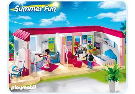 http://media.playmobil.com/i/playmobil/5269-A_product_detail/Bungalow/Suite