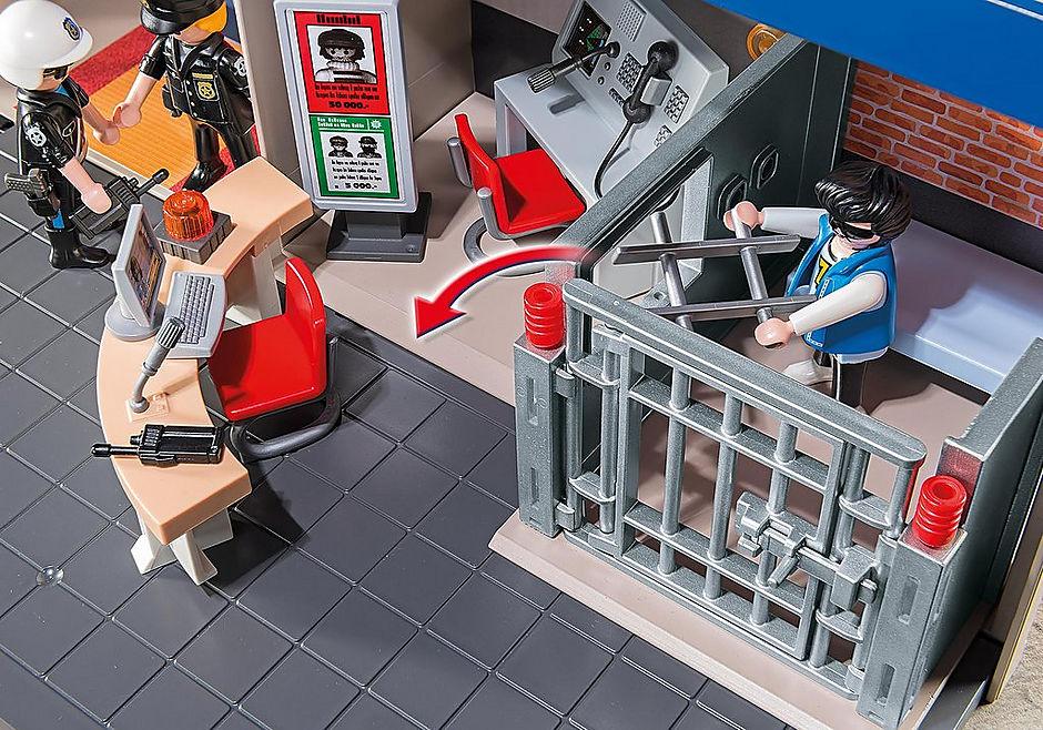 http://media.playmobil.com/i/playmobil/5299_product_extra2/Mitnehm-Polizeizentrale