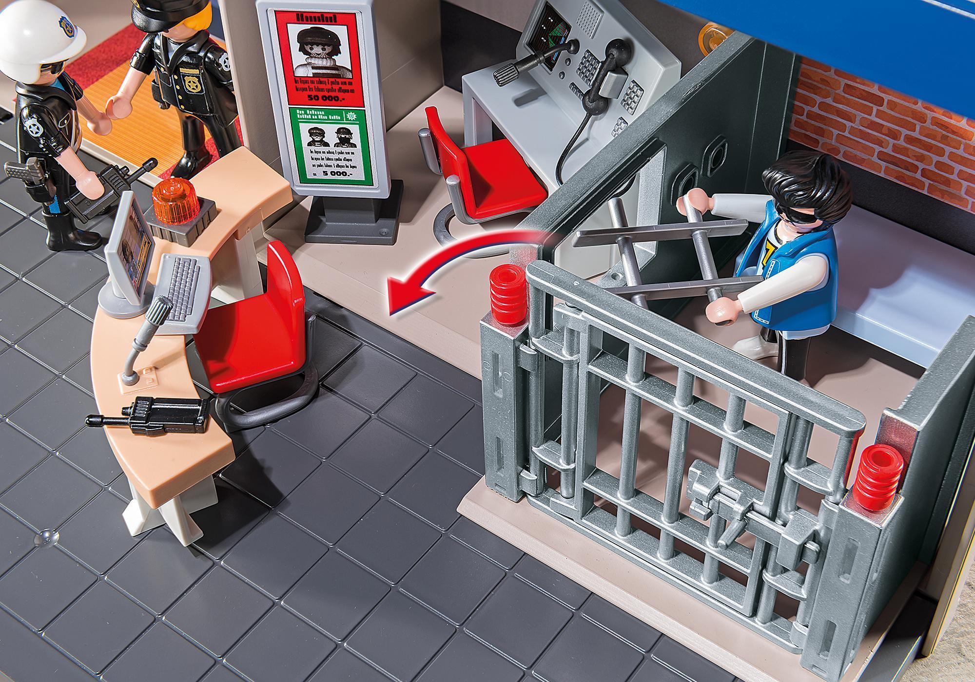 http://media.playmobil.com/i/playmobil/5299_product_extra2