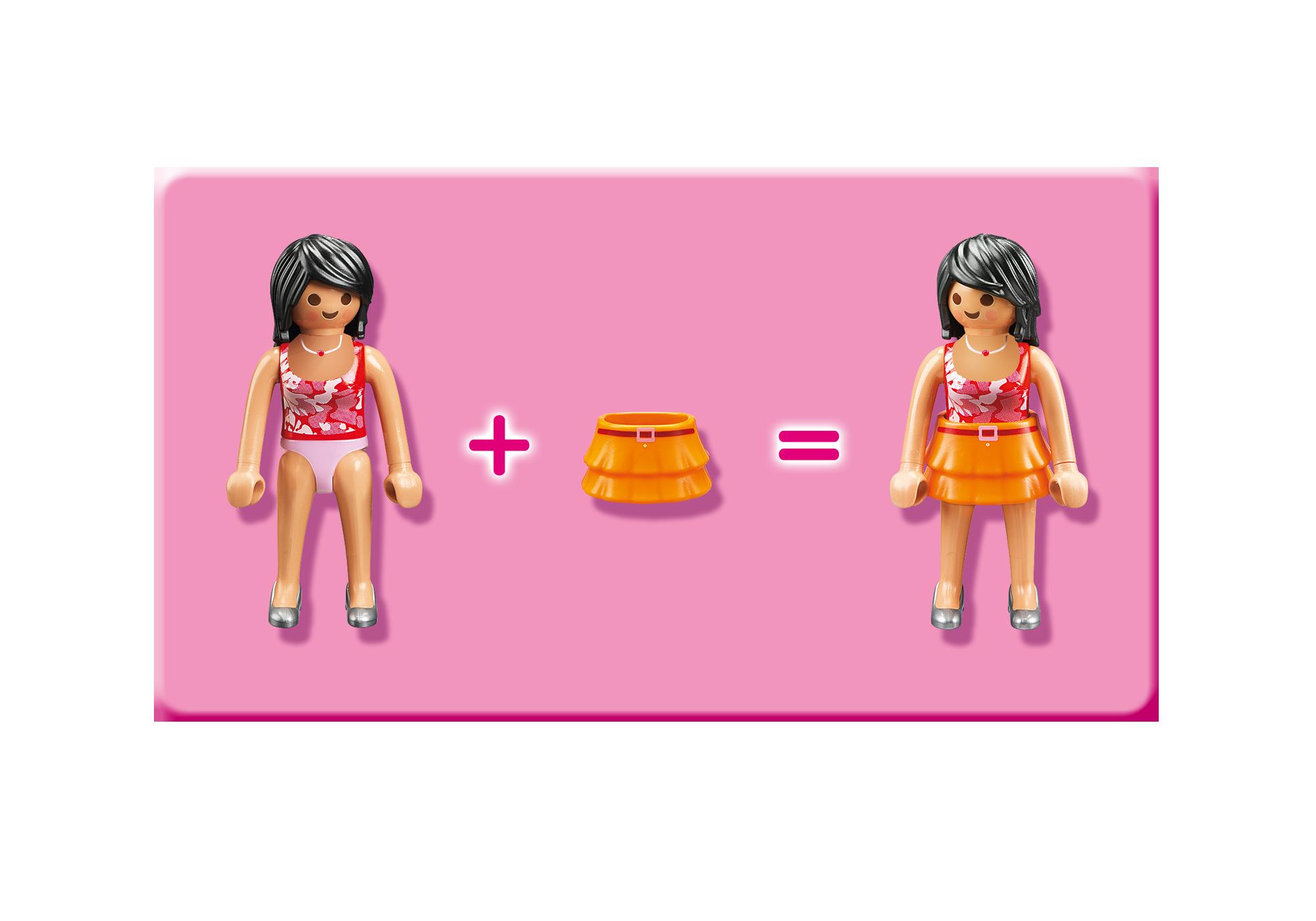 http://media.playmobil.com/i/playmobil/5303_product_extra3/Deluxe Dollhouse