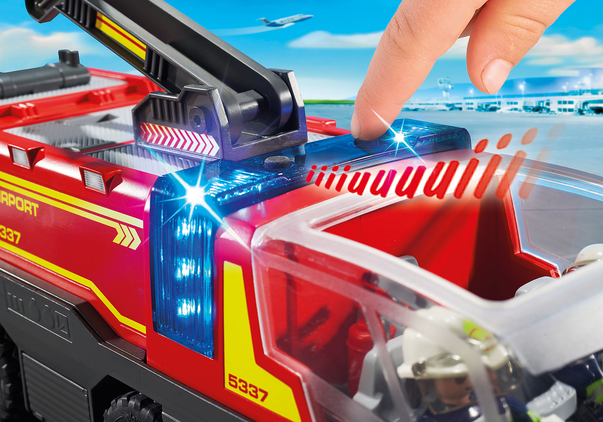 5337 Pompiers avec véhicule aéroportuaire zoom image5