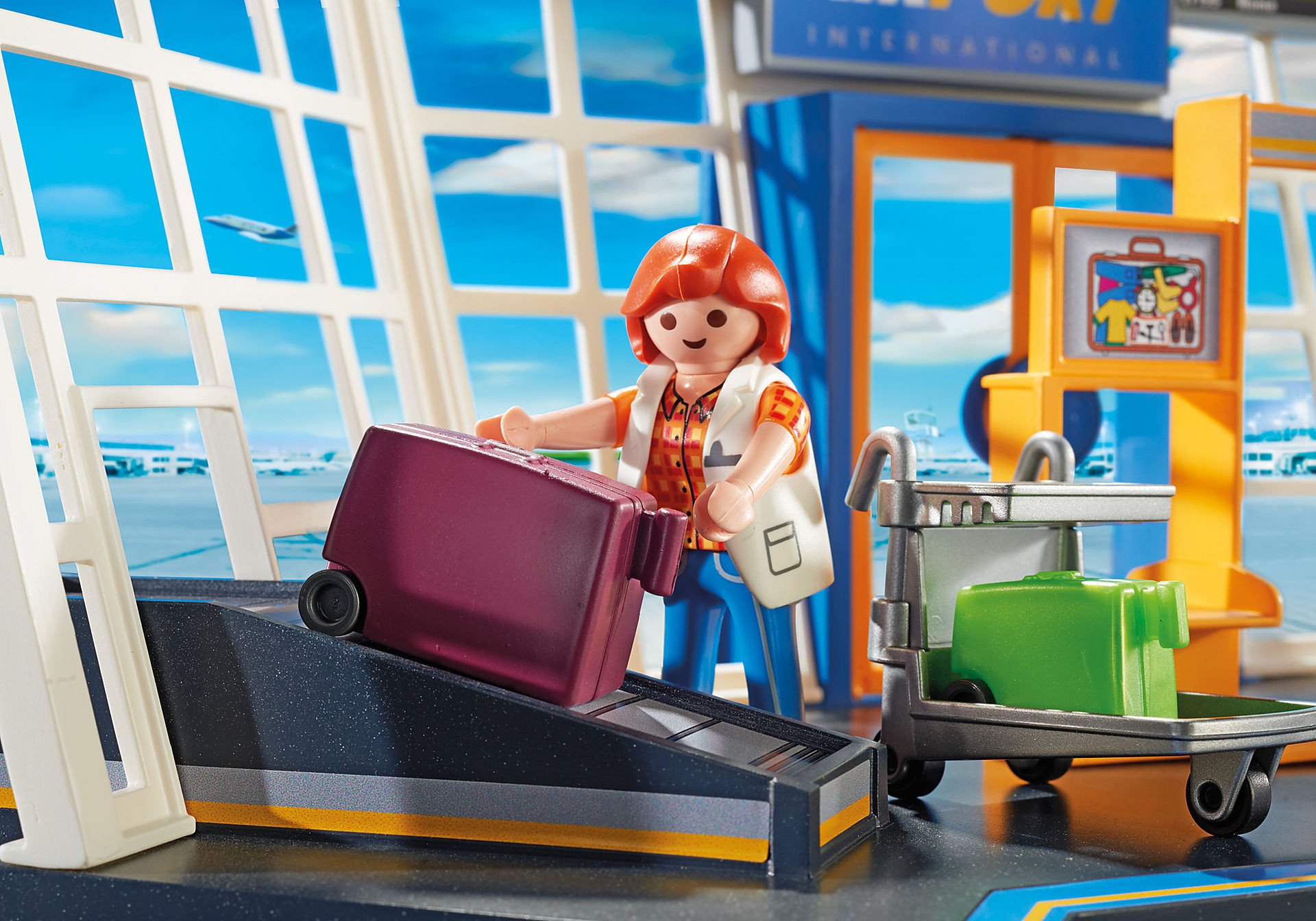 5338 Flygplats med trafikledningstorn zoom image6